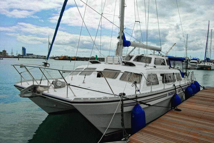 Catalac 10M cruising catamaran